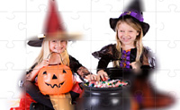 Play Halloween Puzzle game on Perro-Electric.Com